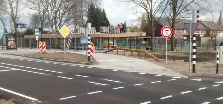 Opening nieuwe bushalte Bergmaas/Tweehekkenweg